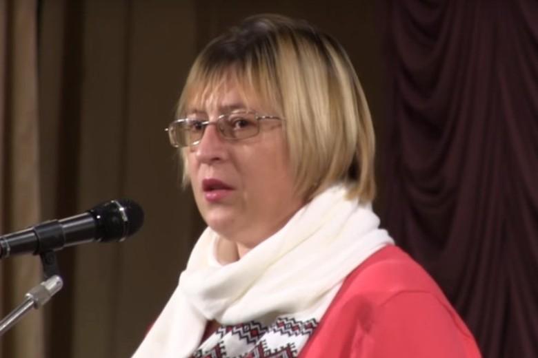 Елена Степанец умеет говорить и писать убедительно – плохих спецов в ЦИПСО не держат. Фото: pikinform.ru