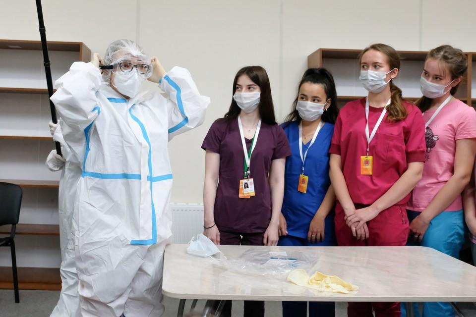 В медицинские колледжи, подведомственные городскому Комитету по здравоохранению, поступили более 3,6 тысяч человек
